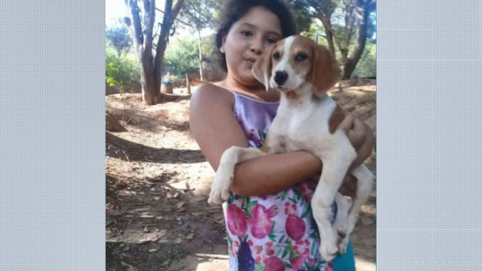 Emily Booni dos Reis, de 10 anos, morreu ao cair de bicicleta em Rio Bananal