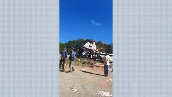 Homem foi resgatado de helicóptero após acidente na BR-262