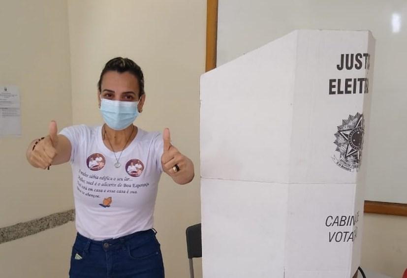 Fernanda Milanese (Solidariedade) é eleita prefeita de Boa Esperança, no ES — Foto: Redes Sociais