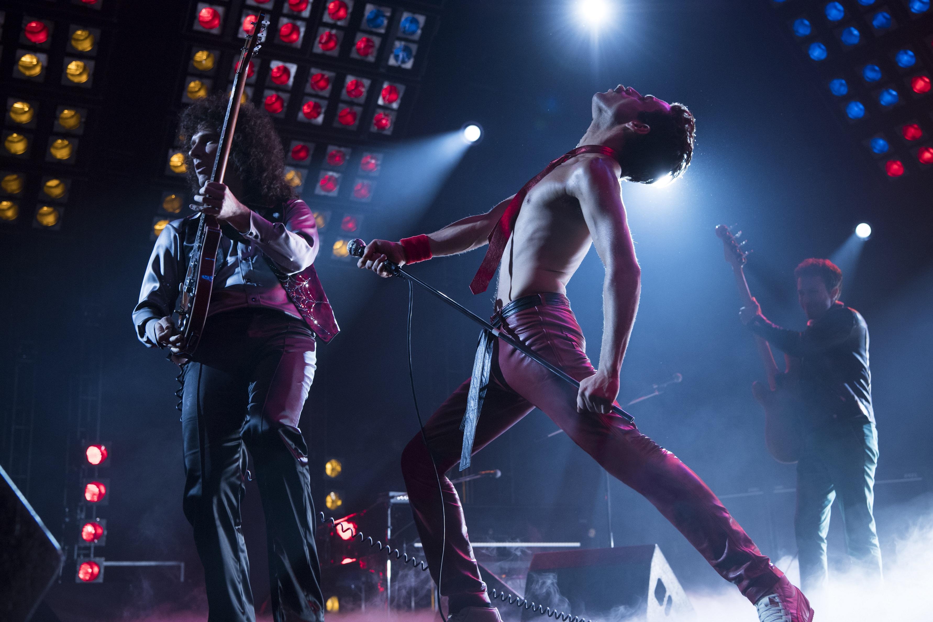 Exposição De Figurinos Do Filme Bohemian Rhapsody Está Em Sp Os Geeks