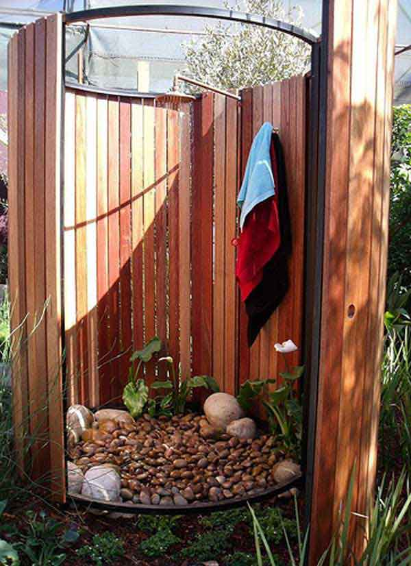 Spice Up Your Backyard With These 17 Cool Outdoor Showers on Contemporary:kkgewzoz5M4= Small Bathroom Ideas  id=60964
