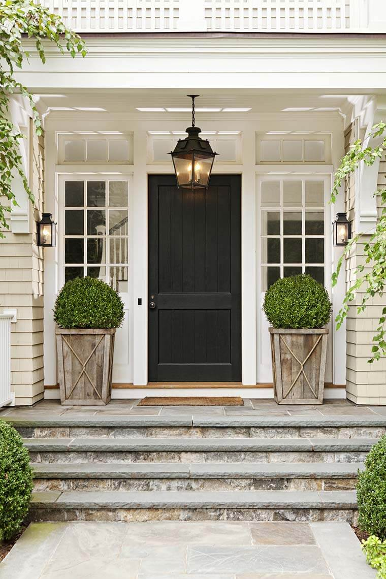 15 Unique Front Door Flower Pots To Wow Your Guests