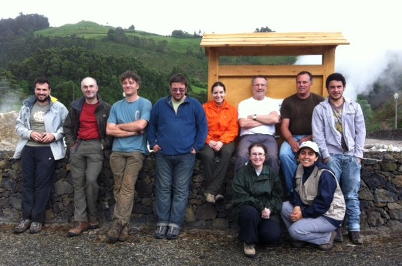 The Azorean Earthworm Team