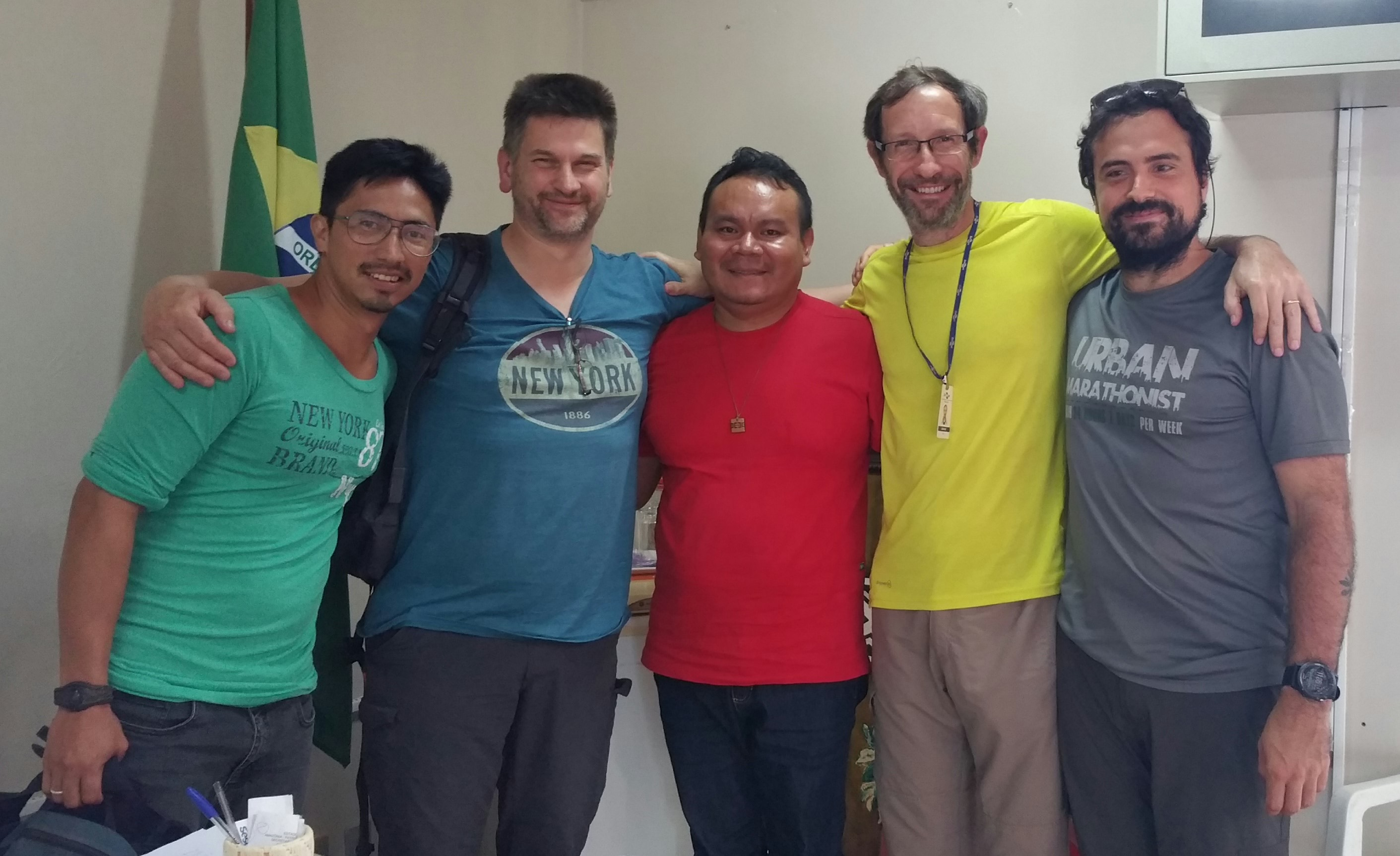 The team and the secretary of the indigenous people