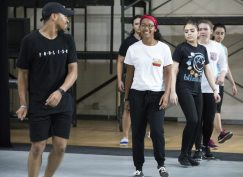 Dance instructor Dominique Moody, left, encourages Bridge Scholar students Tehya Watson '21, Diana Munoz '21, Genaveve Davis '21 and Heba Shiban '21 to follow his steps as part of the class Heart of the City. Photo by Jennifer Coombes