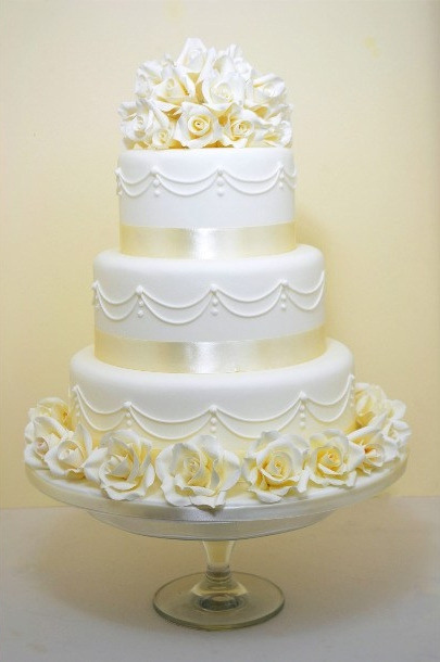 Wedding Cake Prices and Information   Cakes for all Occasions     egg free wedding cakes bristol eggless weffing cakes bristol