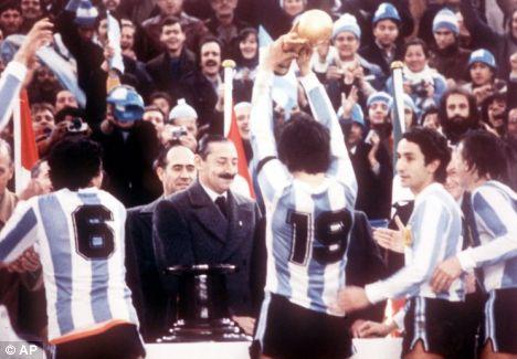 Juan Carlos Ferro: Argentina's Football Team