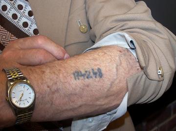 https://i1.wp.com/sites.etleboro.com/thumbnails/news/17000_tattoo.jpg