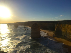 The 12 Apostles lookout (west)