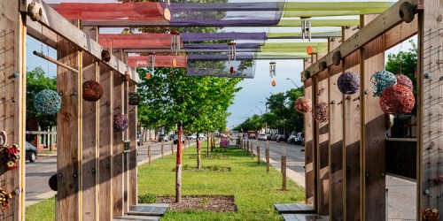 Art abounds in Live6 neighborhood