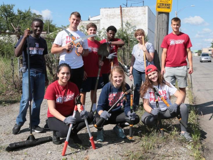 Students and community enhance Fitzgerald Neighborhood