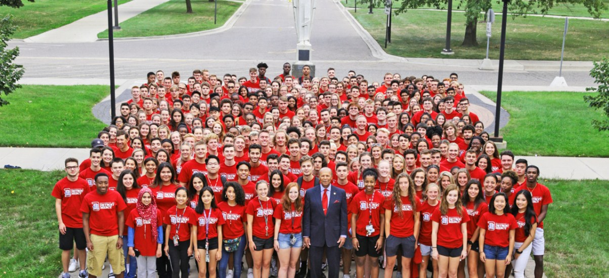 Detroit Mercy welcomes students to campus