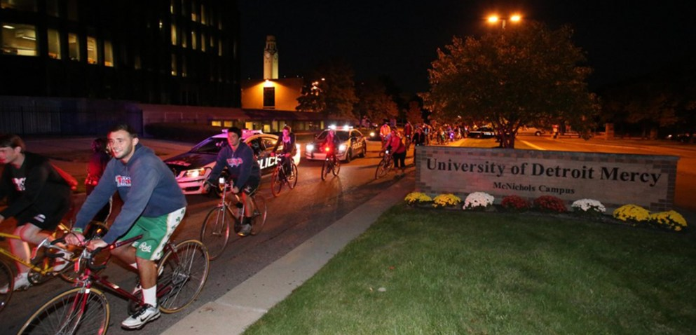 Students head out from the McNichols Campus for the annual Midnight Bike Ride.