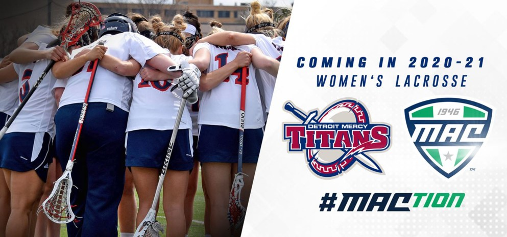 Women's Lacrosse at Detroit Mercy cheering in a huddle