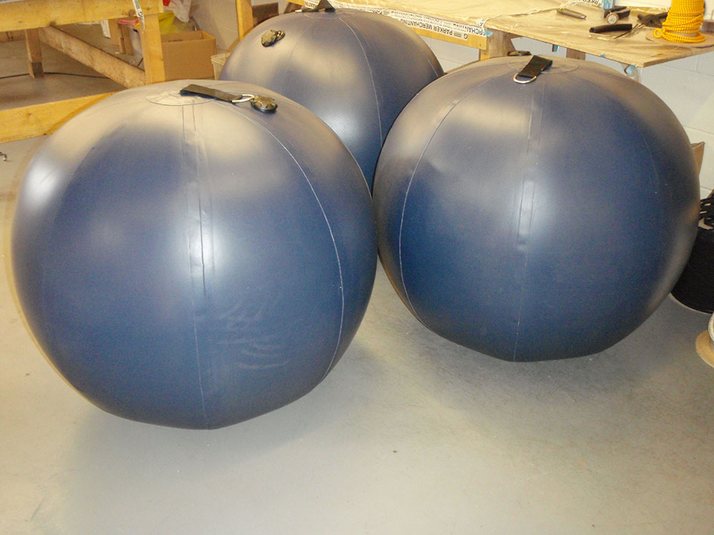 Spherical fenders