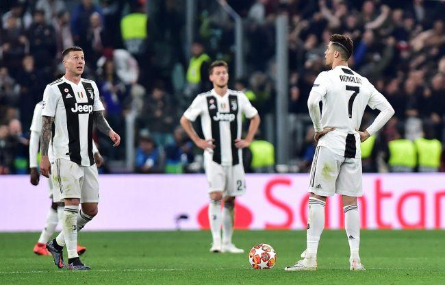 Bintang Pesepakbola asal Barcelona, Lionel Messi menyatakan bahwa dirinya merasa terkejut dengan Juventus yang tersingkit dari ajang Liga Champions