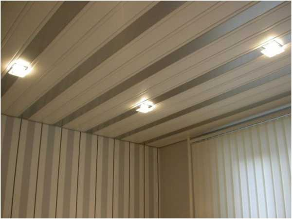 Потолок в кухне из панелей фото – Потолочные панели из ПВХ ...