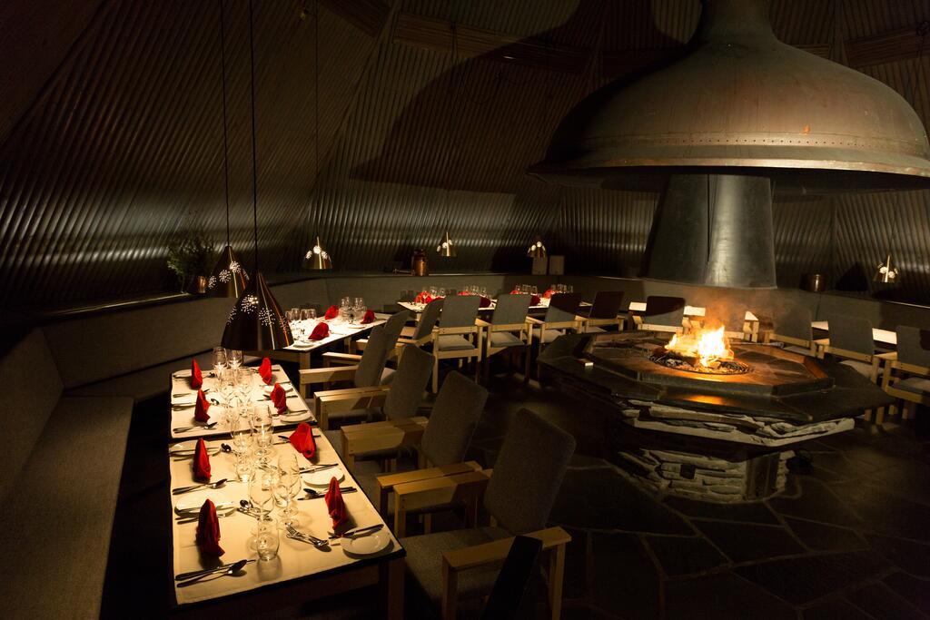 restaurante hotel vartiosaari interior