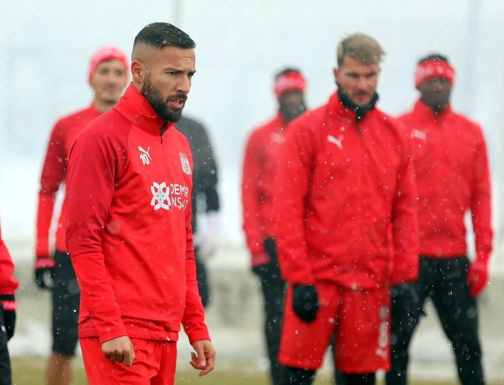 Yasin Öztekin, Sivasspor'a veda etti!