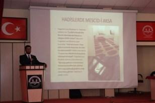 Sivas'ta din görevlilerine konferans