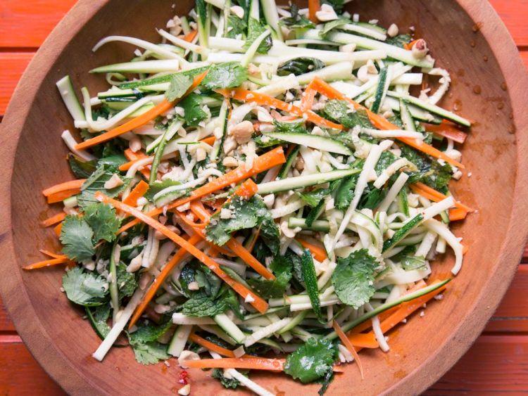 thai style zucchini carrot salad recipe Spring Salad Recipes | Healthy Recipes | Salad Recipes | Strawberry Spinach Salad | Best Salad Recipe | Vegan Recipes | Healthy Recipes | Healthy Meals | Salad Ideas | Easter Recipe Ideas | Easter Ideas