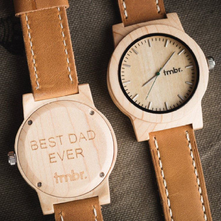 Father's Day Gifts | Father's Day Gifts from Kids | Father's Day | Gifts | Gifts for Him | Gifts for Guys | Father's Day Gift Ideas | Father's Day Ideas | Gift Guide | Gift Ideas for Him | Looking for an amazing Father's Day gift that is sure to impress? Check out the Father's Day gift guide on Six Clever Sisters.