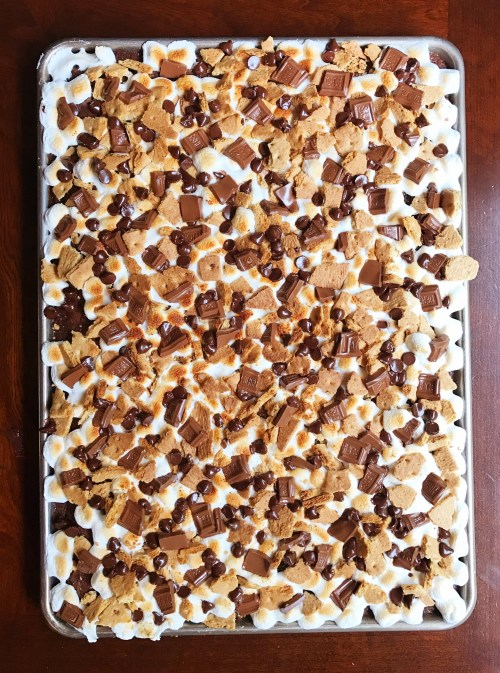 S'mores Bars To Feed A Crowd | July 4 | Sheet Pan Dessert | 4th of July | Recipe | Dessert | Chocolate | S'mores | Campfire | Hershey's | Dessert Bars | Marshmallow | For A Crowd