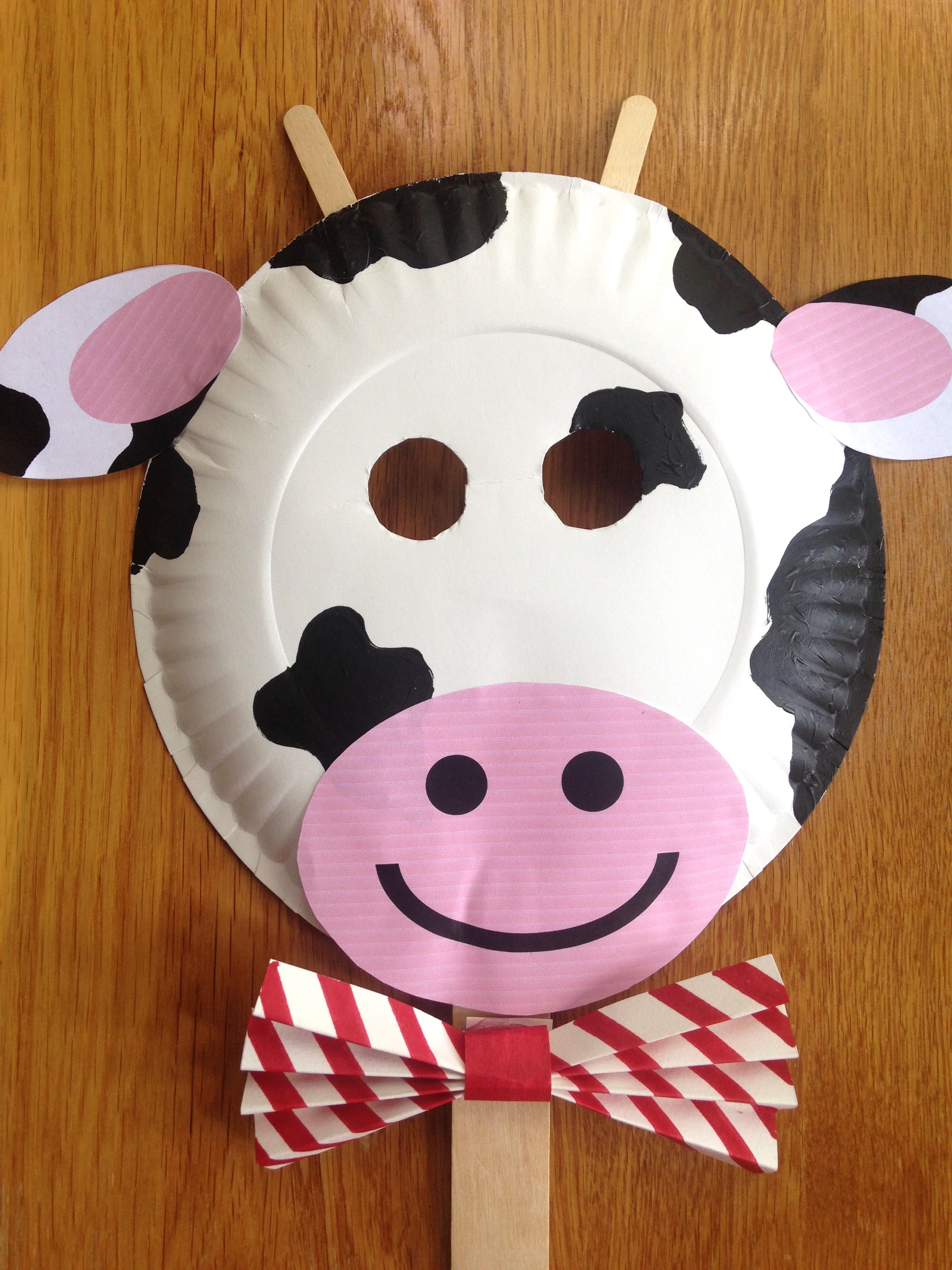 picture relating to Chick Fil a Cow Printable Costume called Chick-fil-A Cow Working day Paper Plate Cow Masks With Cost-free