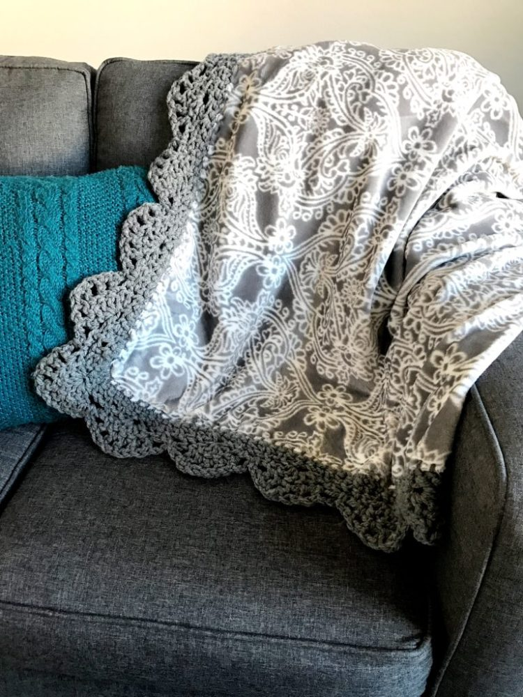 Crochet Scallop Edge Plush Throw Six Clever Sisters