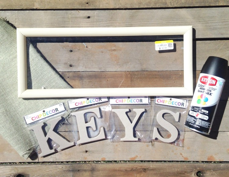 DIY Farmhouse Style Key Holder - Six Clever Sisters