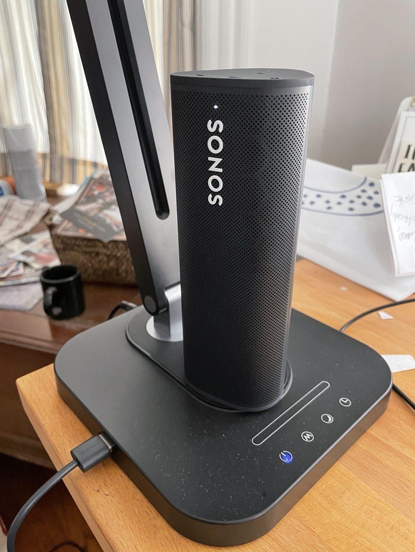 Sonos Roam charging