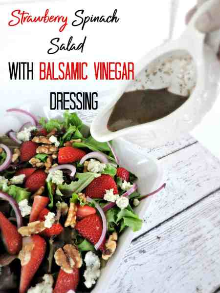 Looking for a fresh and delicious lunch recipe? Try this strawberry spinach salad with balsamic vinegar dressing! It's quick, cheap and absolutely delicious!