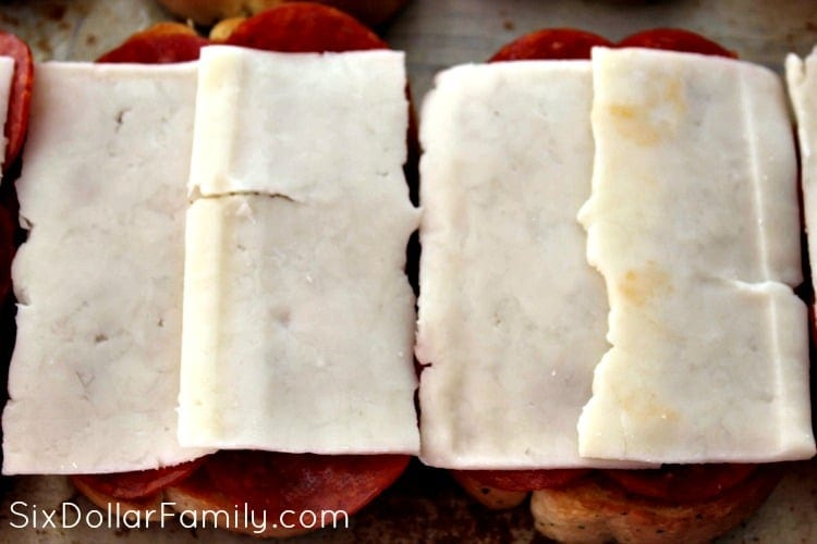 grilled-pepperoni-sandwiches-process-3