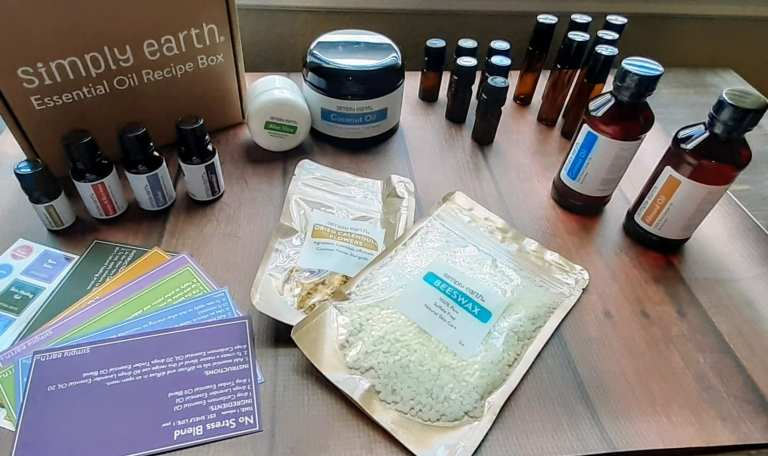 Simply Earth Essential Oils June 2020 Monthly Box