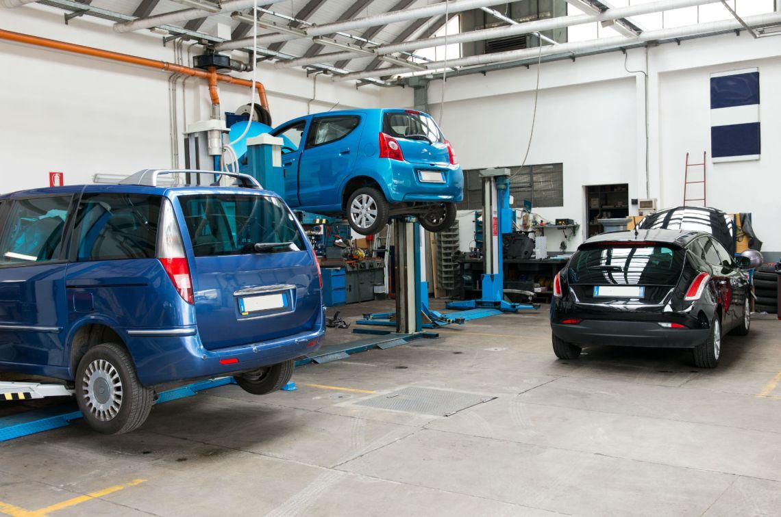 Top Reasons To Hire A Professional Mechanic Car Repai