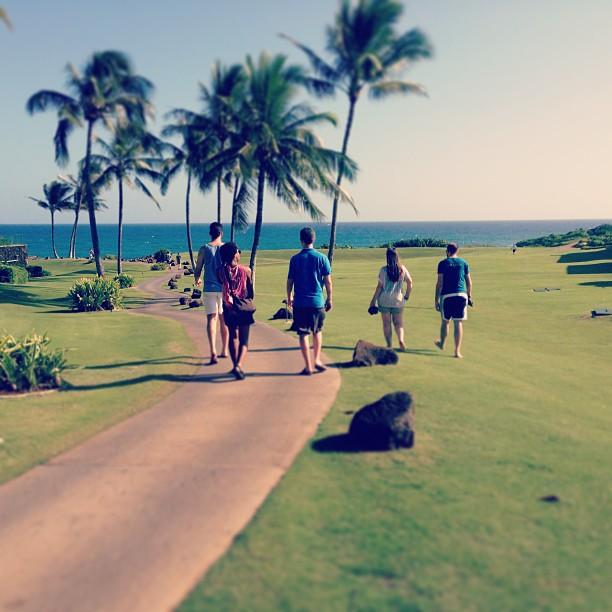 Walking to Shipwreck Beach