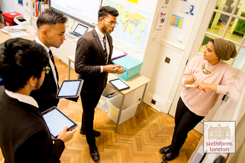 Lesson At Newham Collegiate Sixth Form Centre (The NCS) In London