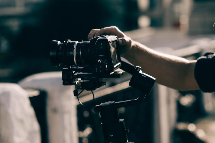Photo and video thumbnail