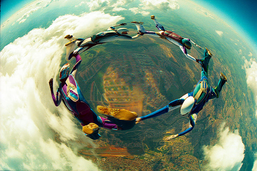 12 Skydiving pictures - 20 Awesome Skydiving Pictures