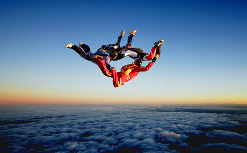 9 Skydiving pictures - 20 Awesome Skydiving Pictures
