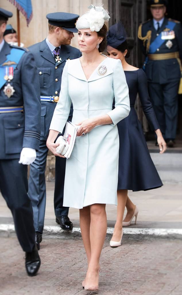 rs 634x1024 180823113521 634 Kate Middleton Affordable Stockings 1 - Kate Middleton Wears These $7 Stockings to Stay Comfortable in Heels
