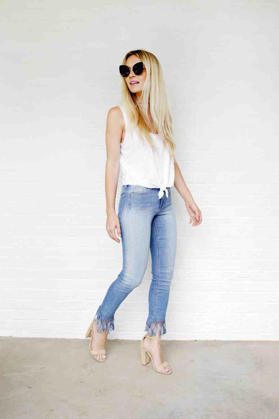 Biggest Jean Trends click through for tutorial  - Cool Ways to recycle your old jean! DIY