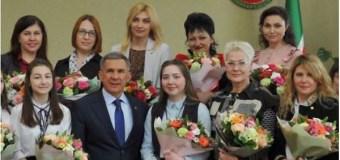 Рустам Минниханов встретился с представительницами СМИ в преддверии 8 марта