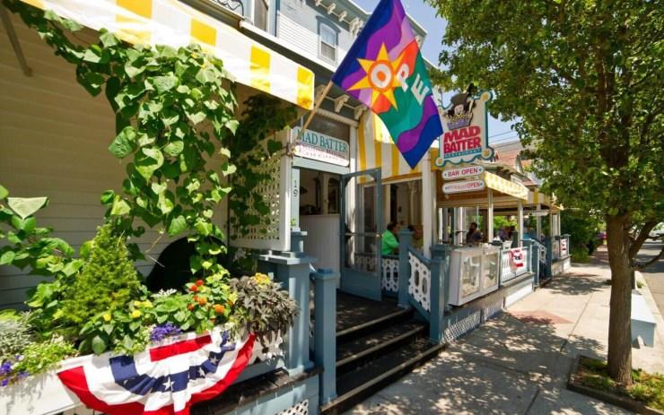 Mad Batter Restaurant and Bar Exterior