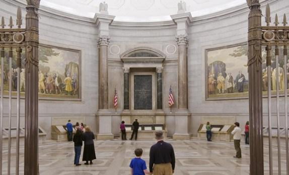 Photo Courtesy: https://www.archives.gov/museum/visit/rotunda.html