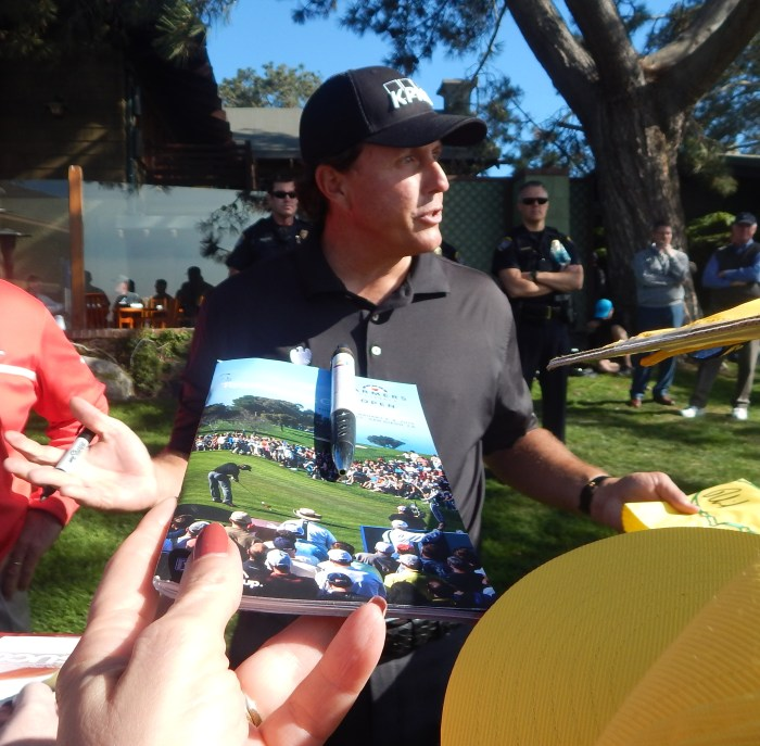 Farmers Open: Anticipating Phil Mickelson's Autograph! Photo by Susan Farese, SJF Communications