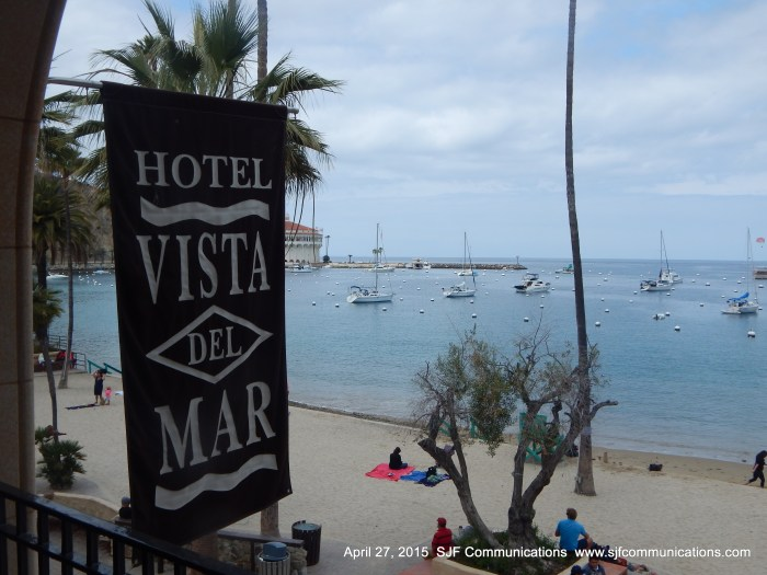 Hotel Vista Del Mar Sign