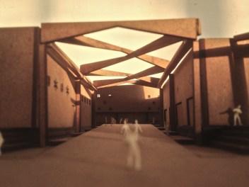 centrale entrée naar binnenplaats