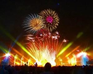 横浜開港祭花火の穴場スポット2016や場所取りのベストは?