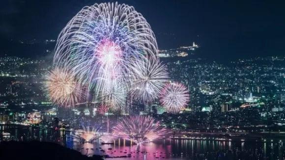 広島みなと夢花火大会2016穴場スポットや場所取りと交通規制